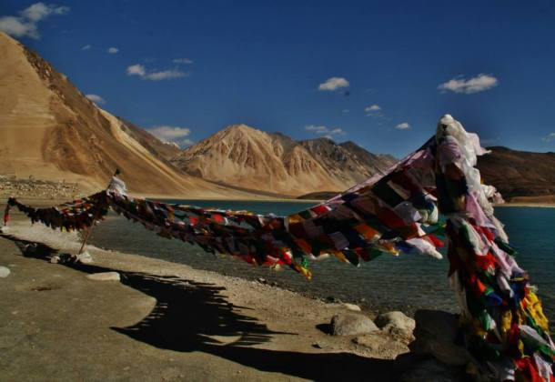 prayer flags in pangong lake leh